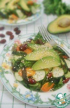 Рецепт Азиатский салат с имбирно-соевым соусом