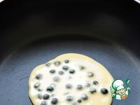 Черничные панкейки с клубникой и мятой ингредиенты