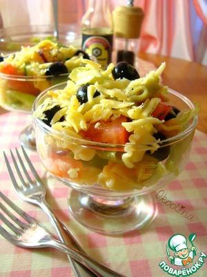 Рецепт Салат овощной с цветной пастой и сыром