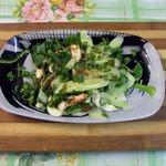 Корейский салат из огурцов и кинзы