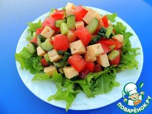 Рецепт Овощной салат с сыром и соевым соусом