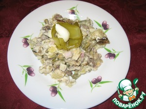 Рецепт Салат с куриными сердечками и баклажаном