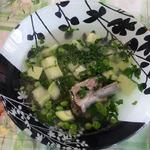 Летний суп с пак-чой и базиликом