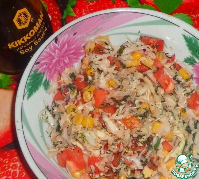 Салат с капустой и кукурузой и сухариками рецепт с