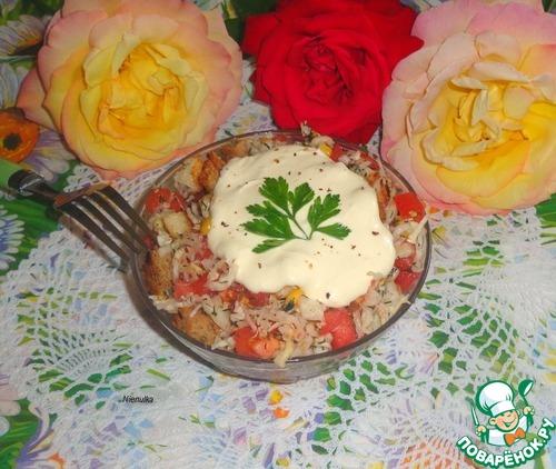 рецепт салата с ветчиной и сухариками и перцем