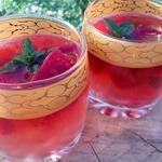 Мятный чай с ягодным льдом