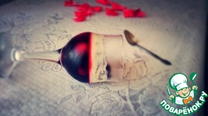 Рецепт Вишневое желе с йогуртом и шоколадными шариками