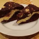 Шоколадный пирог с творогом и кокосовой стружкой