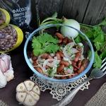Простейший салат из фасоли