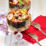 """Салат """"Фасолевый микс"""" с овощами и необычной заправкой"""