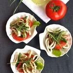 Сезонный салат с кальмарами