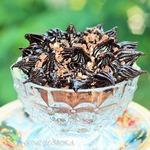 Шоколадные капкейки с халвой