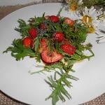 Клубнично-горчичный салат