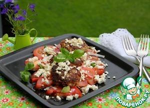 Рецепт Кабачковые оладьи с фаршем на помидорном салате