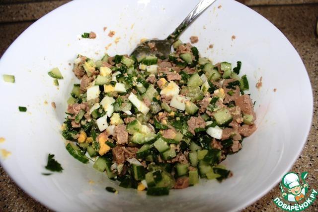 Салат с печенью трески со свежим огурцом рецепт с очень вкусный