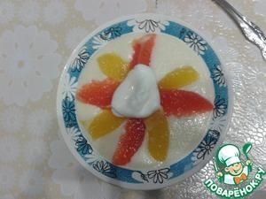 Рецепт Сладкие снежки с манной кашей и фруктами
