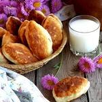 Жареные пирожки с ливером и картофелем