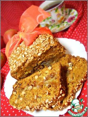 Рецепт Карамельный пирог с яблоками, изюмом и арахисом