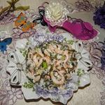 Салат из креветок и морской капусты