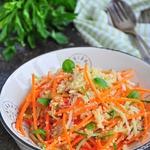 Постный сытный салат из кускуса и овощей