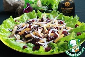 Рецепт Салат со свёклой, шампиньонами и жареным картофелем