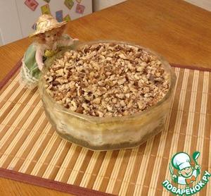Рецепт Слоеный салат с курицей и бананом