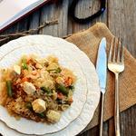 Жареный рис с овощами и соевым сыром