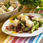 Салат из запеченной свеклы с брынзой