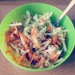 Сладкий салат с яблоком и морковью