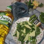 Салат со стручковой фасолью и сыром