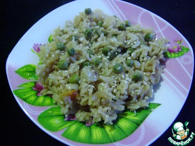 Гарнир рис с зеленым горошком