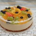 Творожно-желейный торт с фруктами