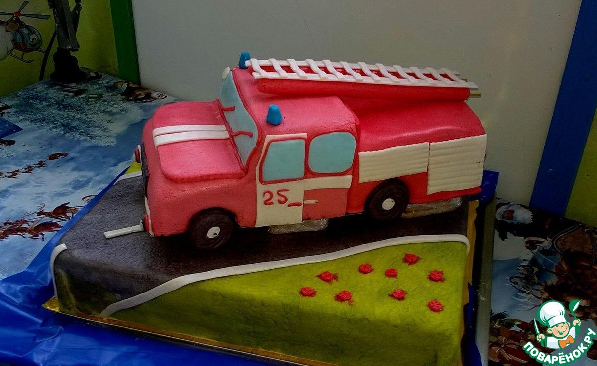 Как сделать пожарную машину на торте 764