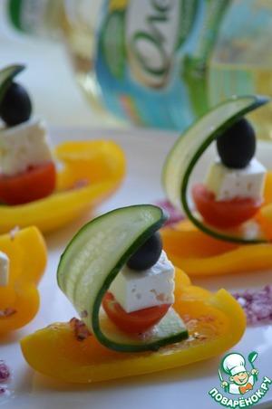 Рецепт Греческий салат в лодочке из перца