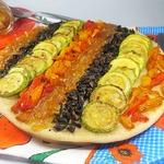 Пирог с луковым мармеладом и овощами