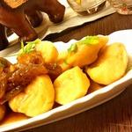 Гороховые ньокки с луковым чатни-соусом