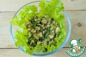 Рецепт Салат из огурцов и сыра сулугуни