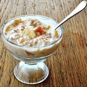 Рецепт Полезный фруктовый десерт с овсянкой
