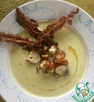 Рецепт Картофельный суп-пюре с крутонами и беконом
