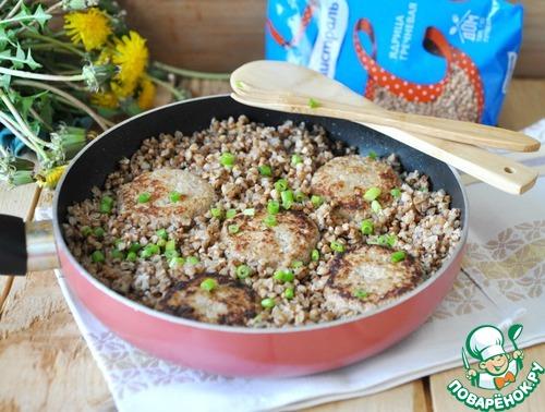 Гречка по-боярски на сковороде - кулинарный рецепт