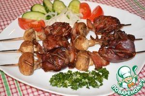 Рецепт Шашлык из куриной печени с грибами и беконом