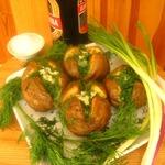 Картошка с чесноком и зеленью