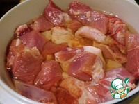 Рийет из свинины на французском багете Петрушка