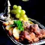 Свинина по-французски с имбирем и яблоками
