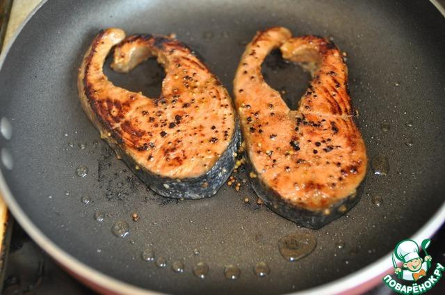 рецепт стейк из лосося на сковороде рецепт с фото