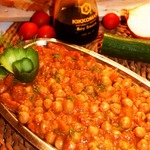 Нут в кисло-сладком соусе и тахини