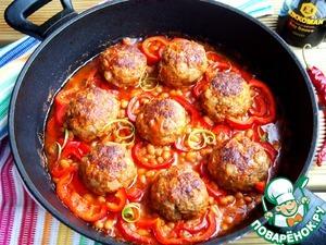 Тефтели в фасолево-томатном соусе