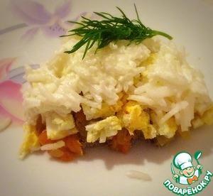 Рецепт Слоеный салат из консервированной сайры