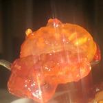 Яблочные дольки в виноградном желе