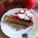 Клафути с яблоками и клубникой
